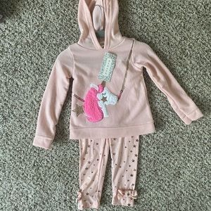 NWT Toddler unicorn outfit